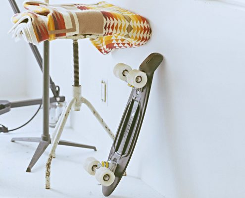 skateboard-stool-whitewall-web
